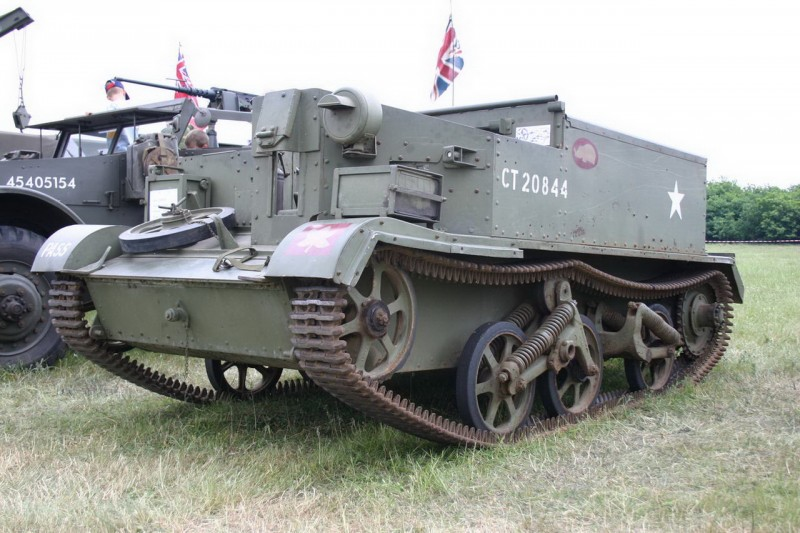 Bren Gun Carrier Walk Around Photographies English