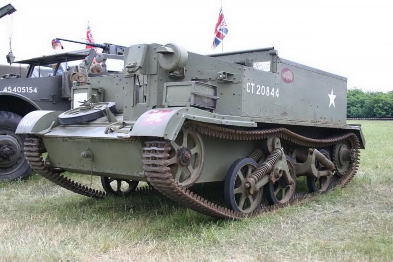 Bren Gun Carrier - Spaziergang Rund Um