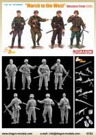 Figurines set