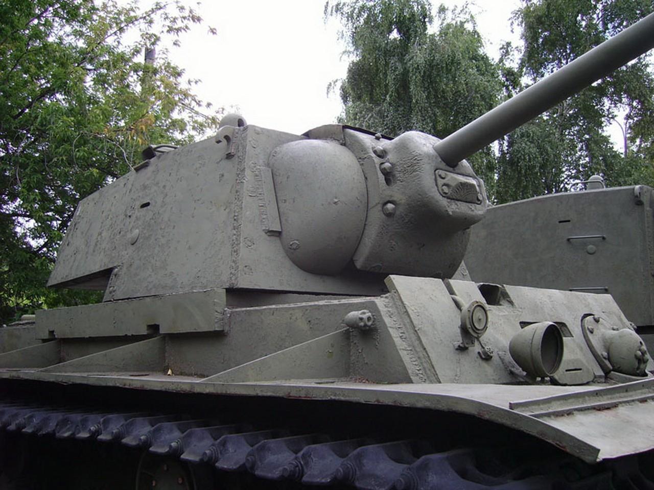 KV-1 (KV-1)