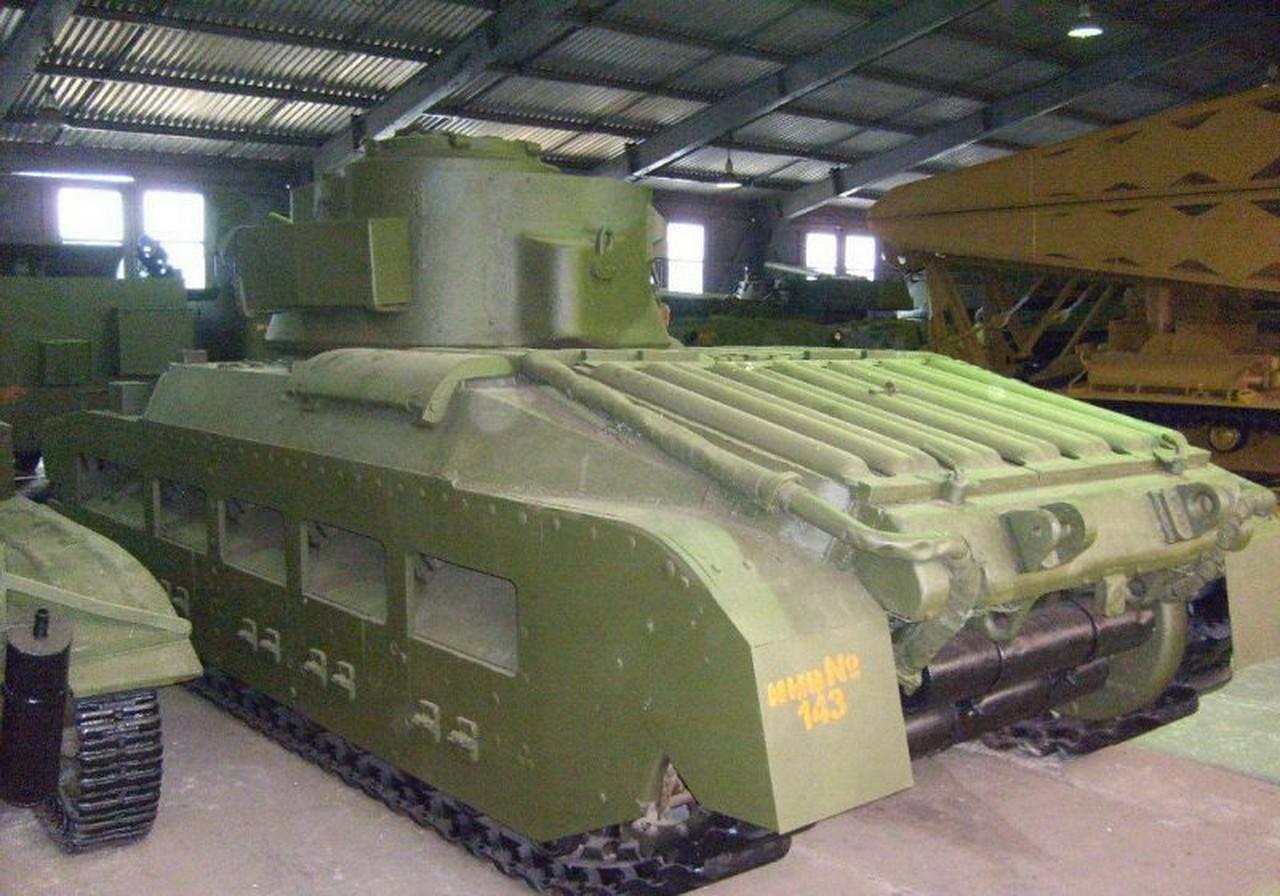 Matilda Tank - Sétálni