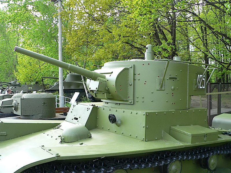 Leichter panzer T-26 - WalkAround