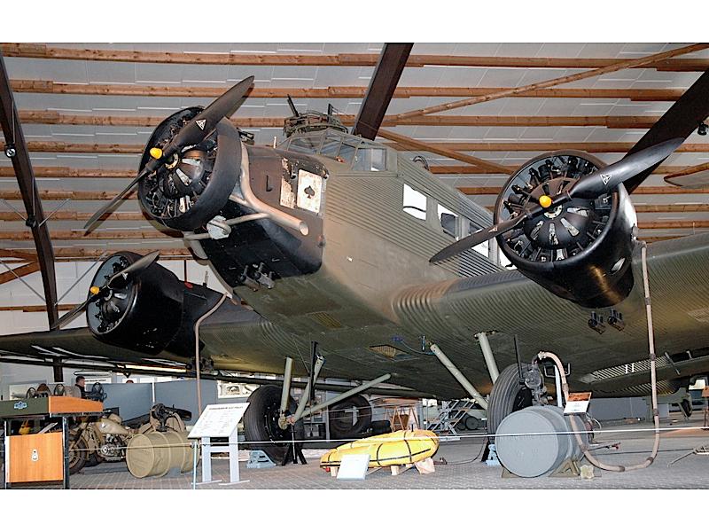 Јункерс ЈУ-52 - Валк Ароунд