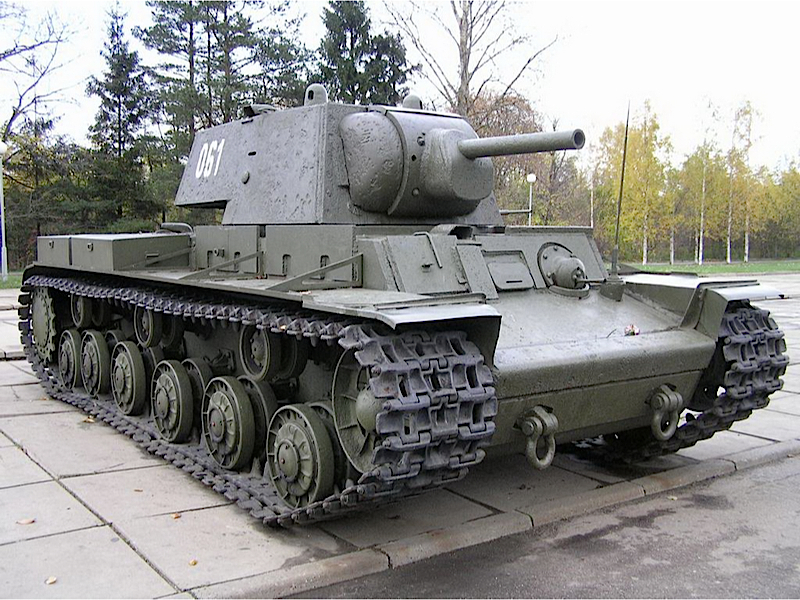 KW-1 - KV-1 - WalkAround