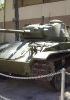 Lehký Tank M24 Chaffee - Procházka Kolem