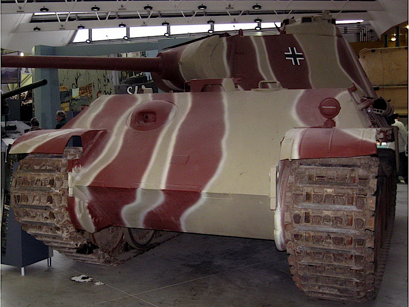 Panther Ausf.G - Walk Around