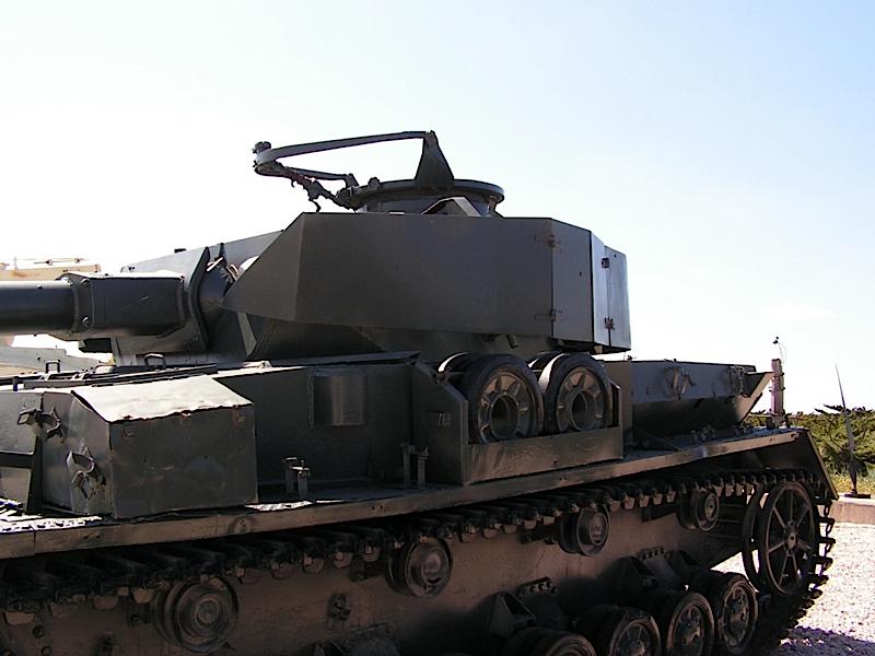 PzKpfw IV Ausf.J - WalkAround
