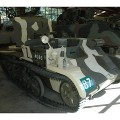 2 Pounder Anti-tank gun Carrier - Camminare Intorno