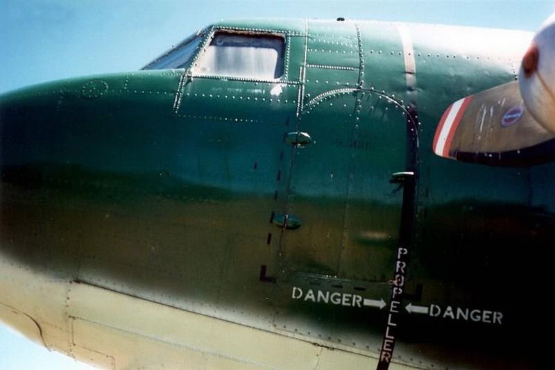Douglas C-47 Skytrain - WalkAround