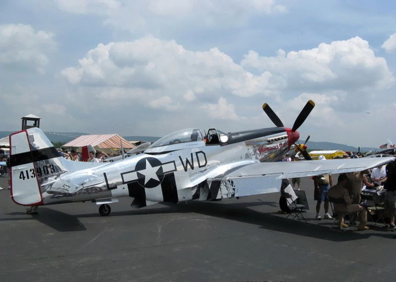 P-51D Mustang vol2 - Camminare Intorno