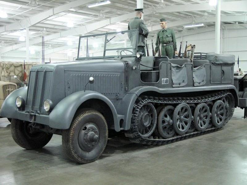 SdKfz 8 12 Tonna - Interaktív Séta