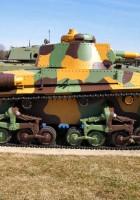 Танкова 35(т) - ЛТ-35 - прогулянка навколо