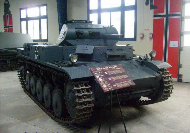 PzKpfw II, volym 2 - Gå Runt