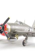 Republic P-47D Thunderbolt - Razorback - Tamiya 61086