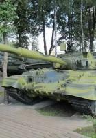 T-80B 차량 중 하나