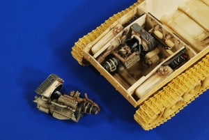 M24 Chaffee Motor en Compartiment ( Stier) - Verlinden 2728