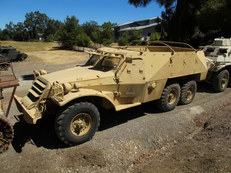 BTR-152V1 - Promenade Autour