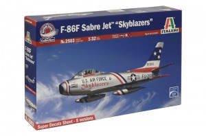 F-86FセイバージェットSkyblazers-イタレリ2503