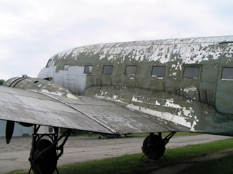 Lisunov Li-2 - WalkAround