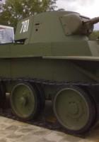 Совјетска коњица тенк БТ-7 - шетња око