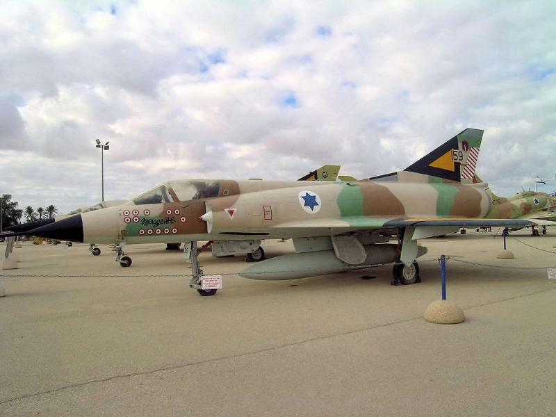 Mirage IIIC, który - dzięki