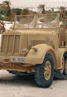Sd.Kfz. 7 Plastic Model Kit - Revell 80-3186