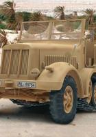 Sd.Kfz. 7 Plastic Model Kit Revell 80-3186