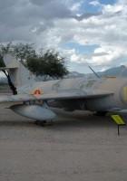 Mikoyan-Gurevich MiG-17 - Išorinis Sukamaisiais Apžiūra