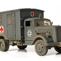 Allemand 4x4 Ambulance - Forces of Valor 80076