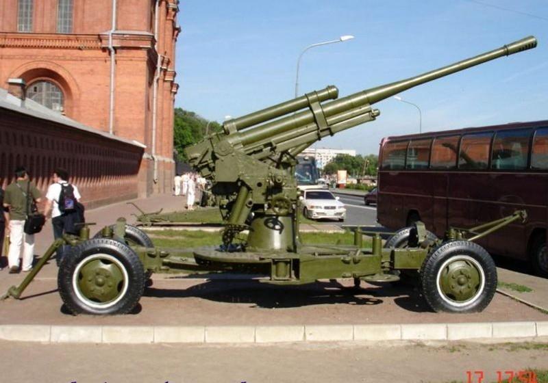 85 mm air defense gun M1939 (52-K) - WalkAround