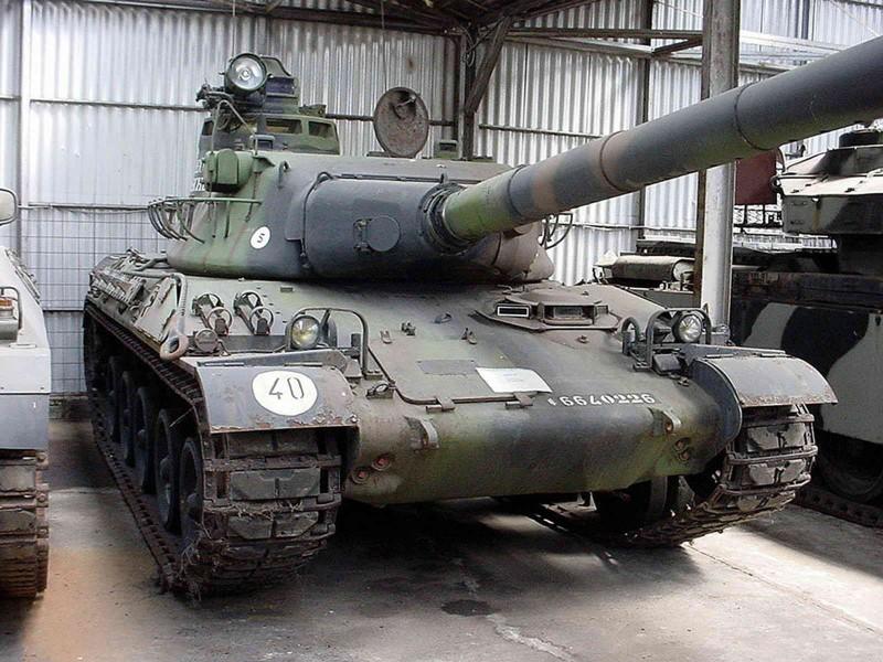 AMX-30B2 - Περιήγηση