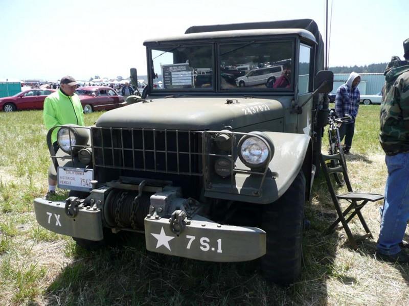 Dodge M37 Carga 4x4 - Caminhada em Torno