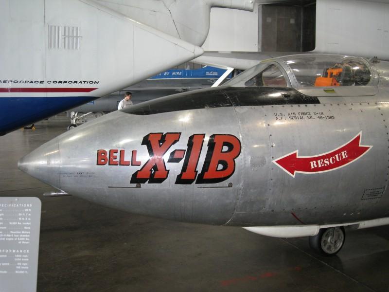 벨 X-1B