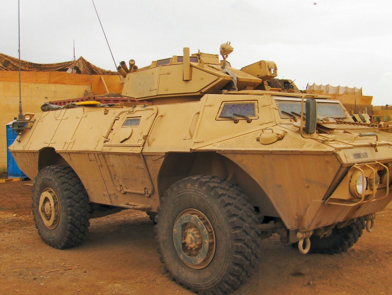 M1117 Gepantserde Veiligheid Van Het Voertuig - Rond Te Lopen