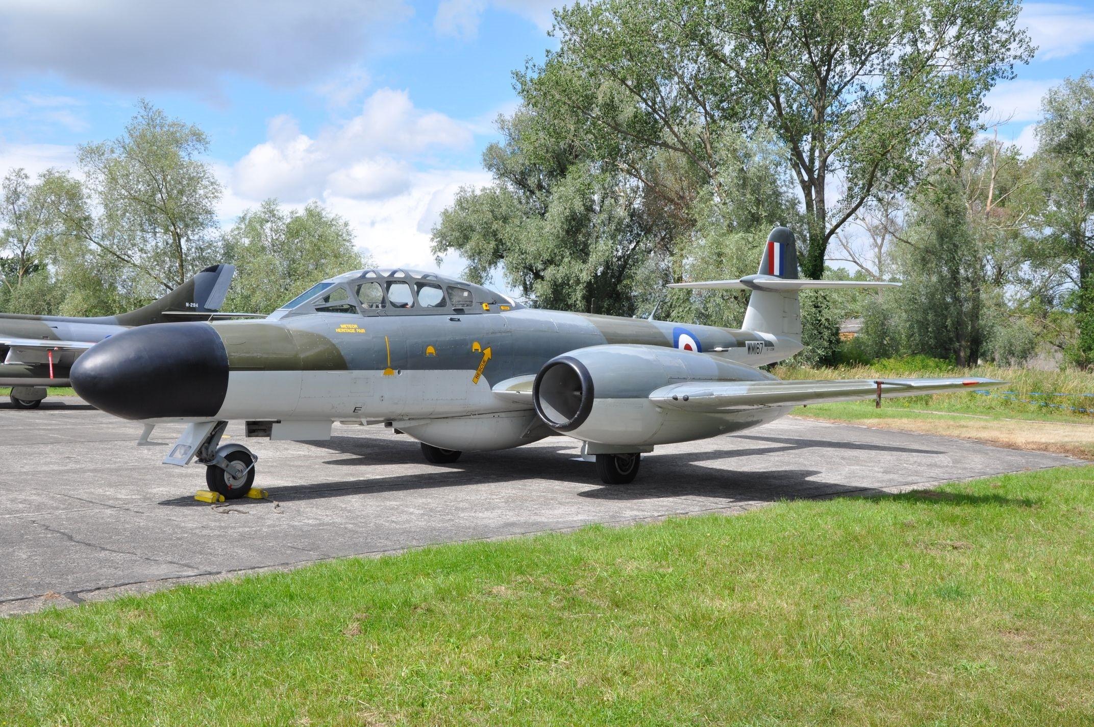 Avro CF-100 5 Canuck