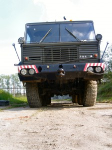Tatra 813 Kolos - Walk Around