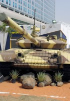 T-72B 차량 중 하나