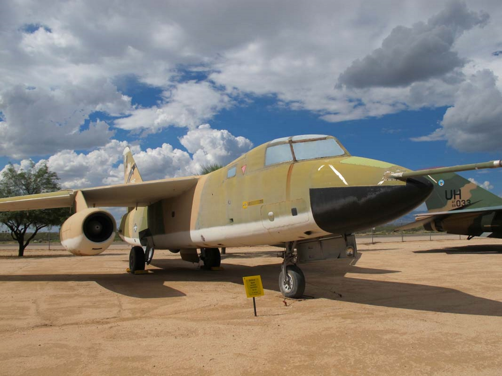 Douglas WB-66 Destroyer