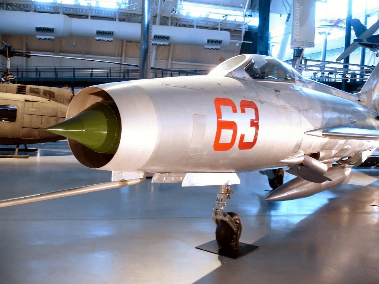 米格21F-F-13鱼窝