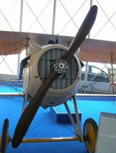 Fly selskab s. VII. Ikke & Ruffo - WalkAround