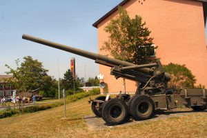 UNS 155mm Long Tom - WalkAround