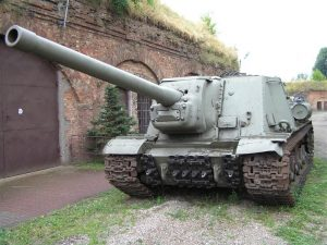ISU-122 차량 중 하나