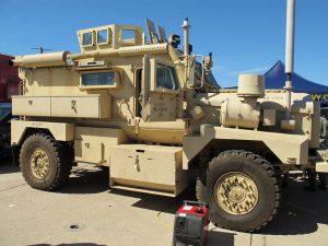 Cougar 4x4 MRAP - Omrknout