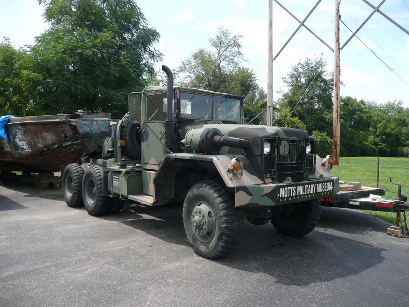 M52A2 Truck - Photos - English