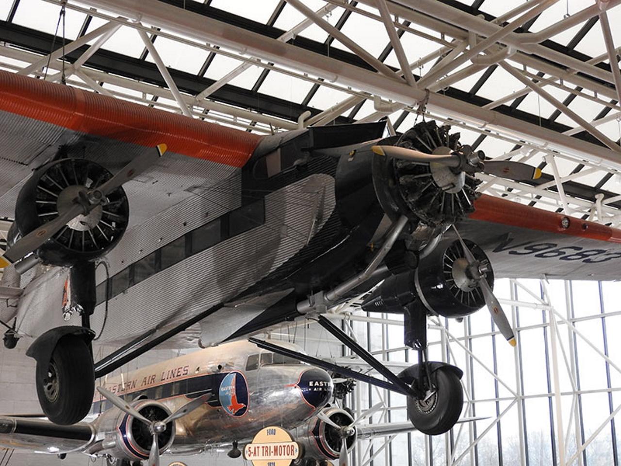 Ford w-5 trzy-silnik