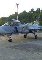 Saab JAS 39 Gripen - Caminar