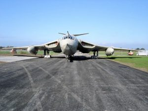 Handley Page Victor - Walk Around