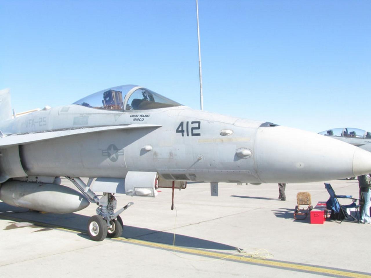 McDonnell-Douglas FA-18 Hornet etc