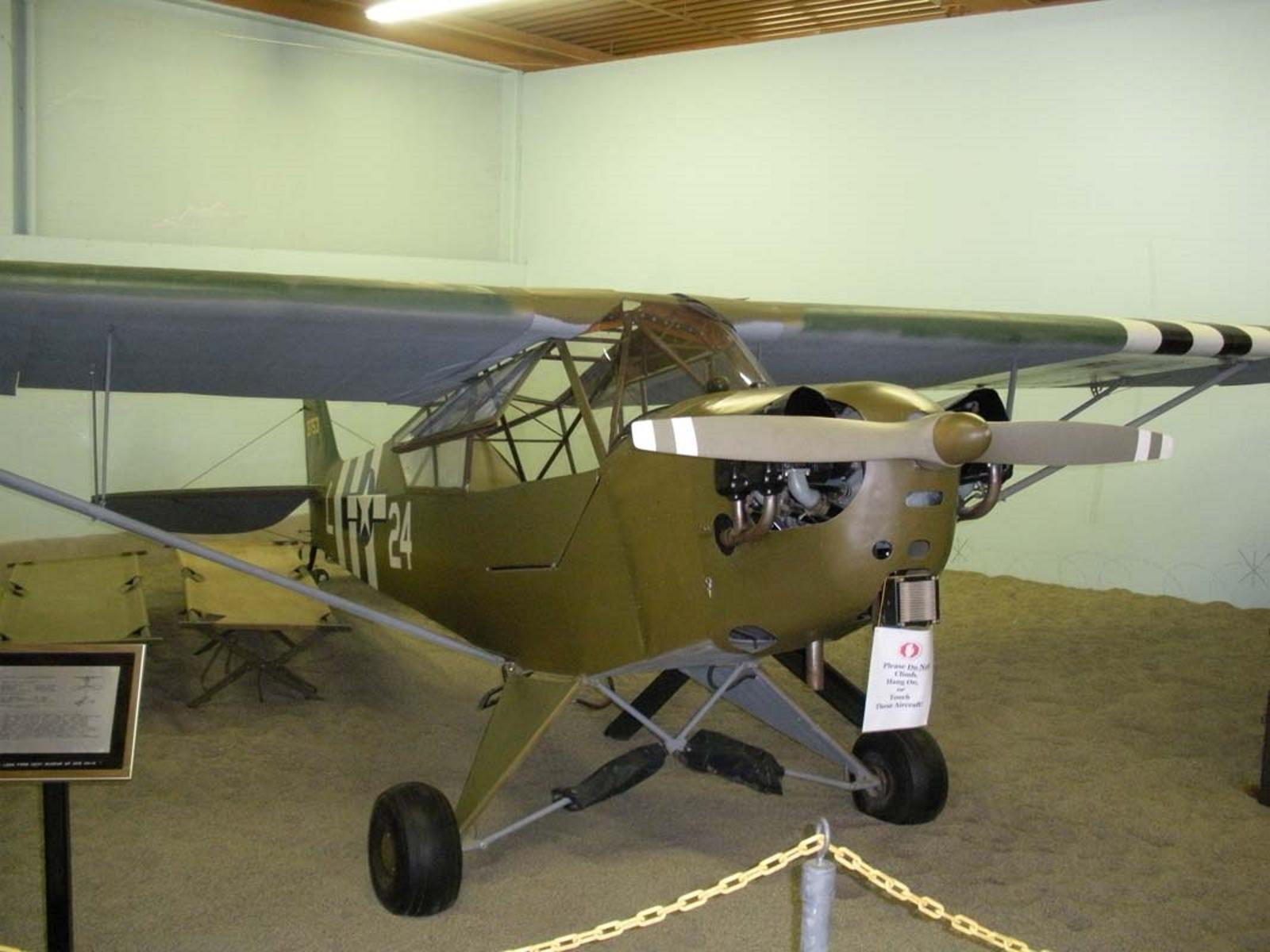 O Piper L-4 Gafanhoto