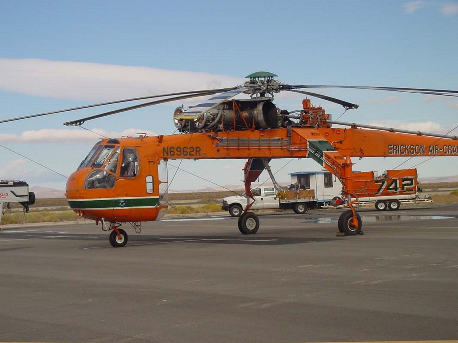 西科斯基S-64E空中吊车